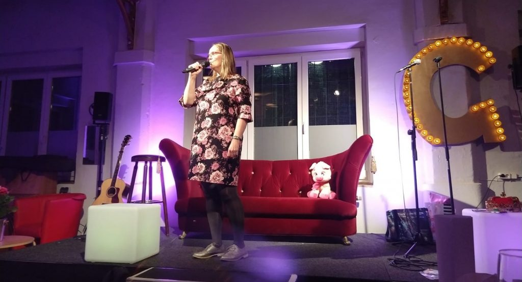Abschlussfeier SOAOGS 2018: Wer möchte, darf singen Christine Piontek Blog Text Storytelling
