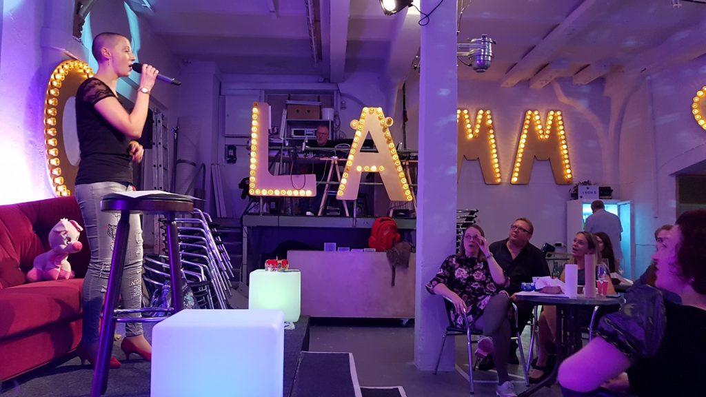 Abschlussfeier SOAOGS 2018: Wahnsinn, was da alles auf die Bühne gebracht wird! Christine Piontek Blog Text Storytelling