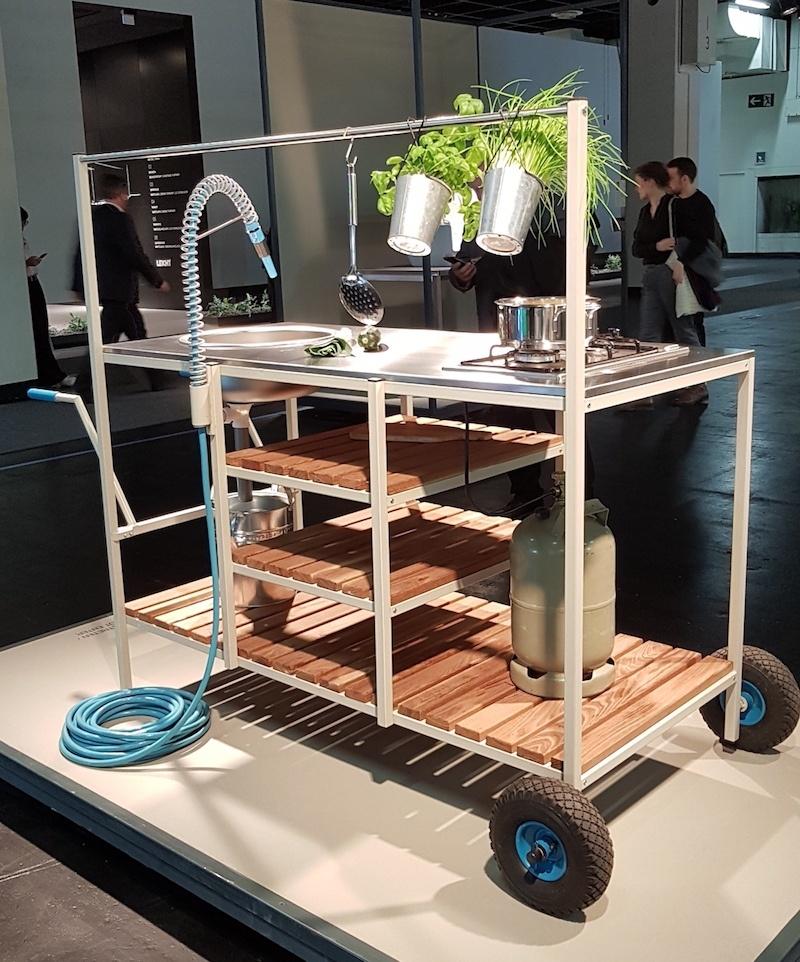 Ein Gewinner bei den 'Pure Talents' in der LivingKitchen Selection: So sehen die Nachwuchs-Designerinnen Lena Ohmstede und Larissa Siemon ihre Outdoorküche.