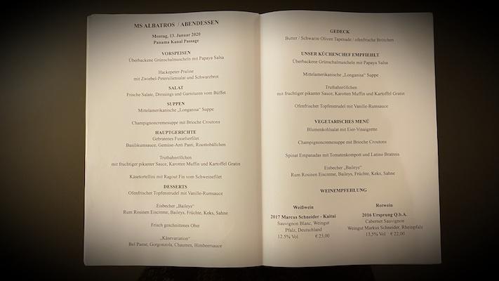 Eine Speisekarte der MS Albatros zum Abendessen