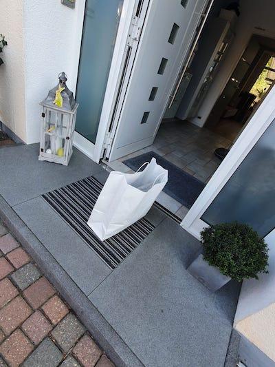 In Zeiten von Corona liefert manufra auch kontaktlos an die Haustür.